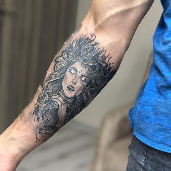 Medusa Dövmesi